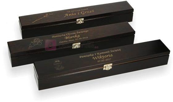 Drewniane pudełko na świecę z grawerem - brąz