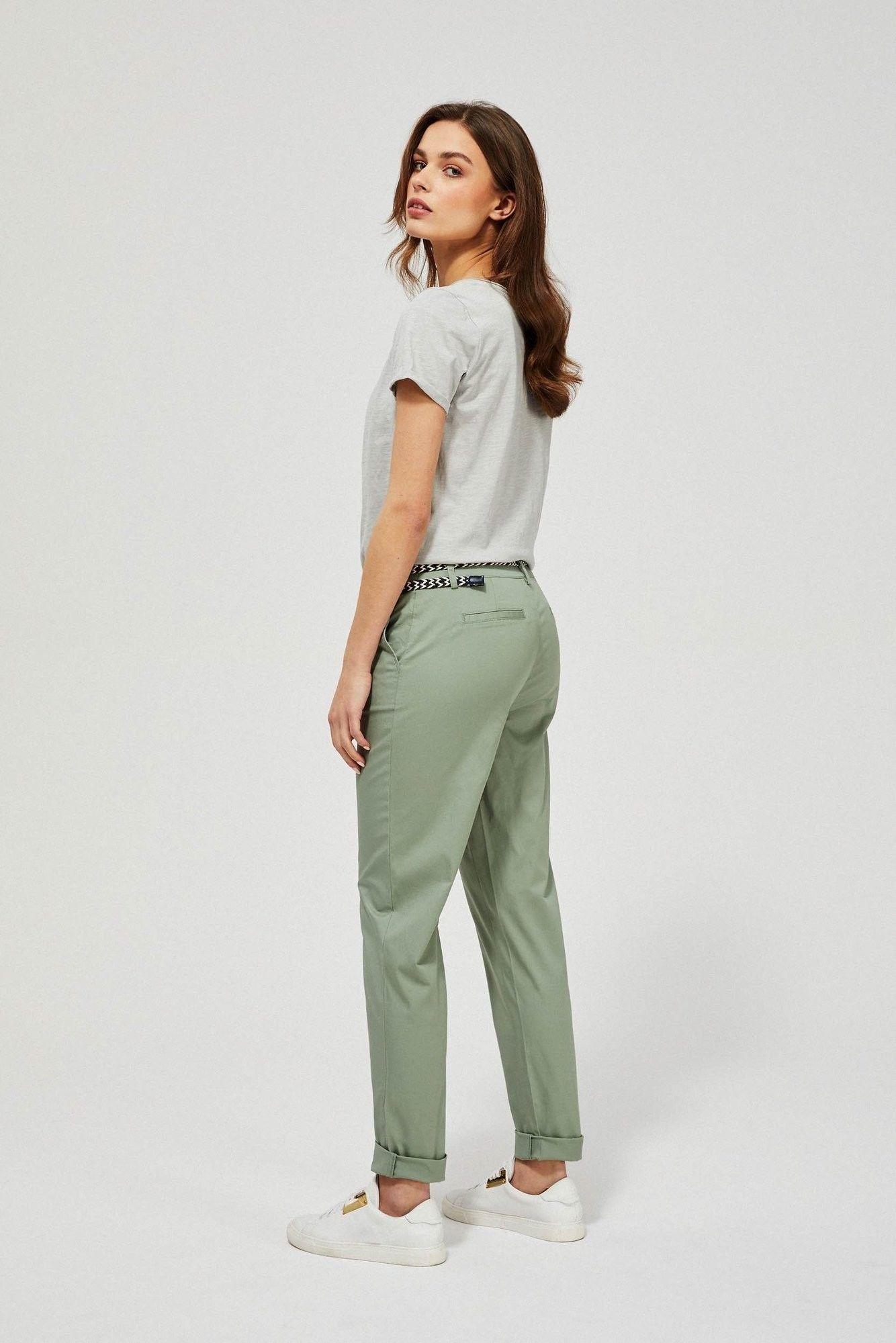Spodnie chinos z paskiem