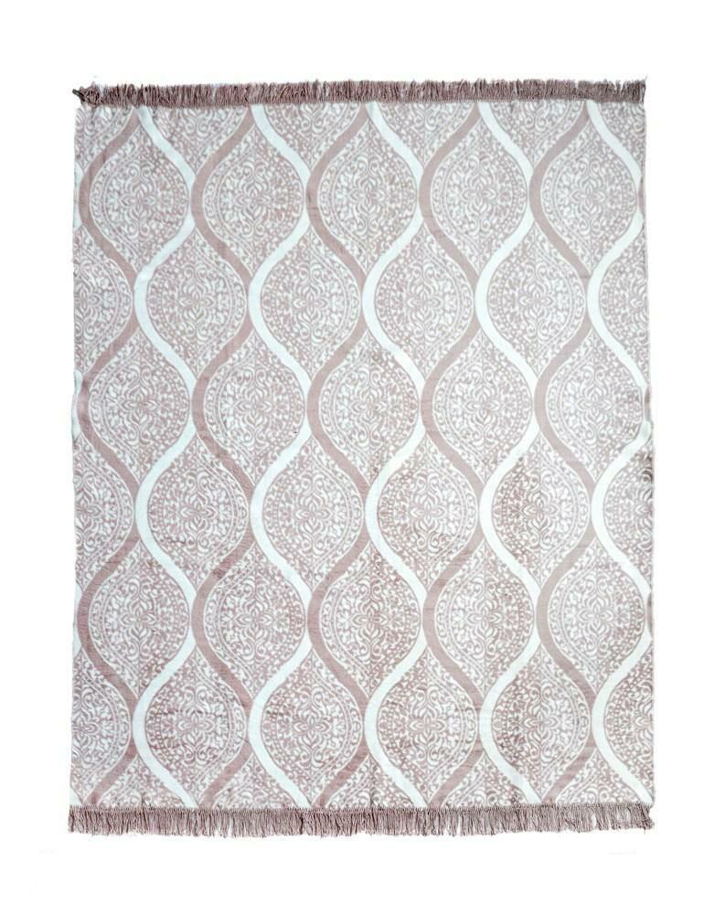 Koc bawełniany akrylowy 150x200 042 JB różowy pudrowy ornamenty orientalny z frędzlami narzuta na łóżko