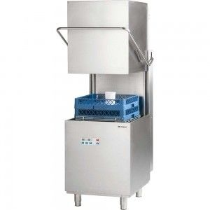 Zmywarka kapturowa z dozownikiem płynu myjącego i pompą wspomagającą płukanie 500x500 Stalgast 803026