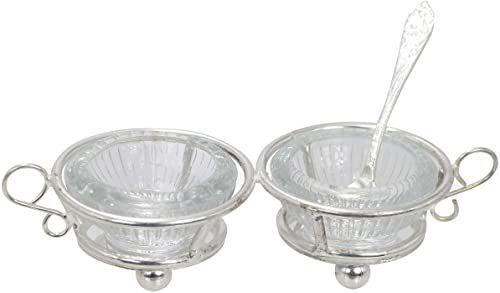 Solniczka ze szkła z metalowym stojakiem, w zestawie z łyżką, kolor srebrny, wymiary: 14,5 x 5,5 x 3,5 cm, materiał: szkło i metal