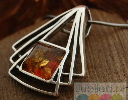 Juddy - srebrna wisior z bursztynem