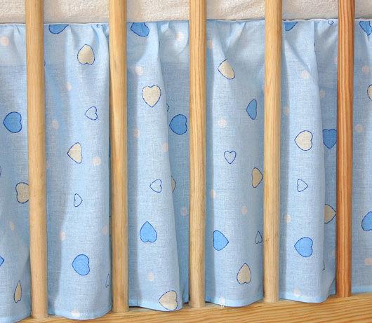 MAMO-TATO Falbanka do łóżeczka 70x140 Błękitne serduszka