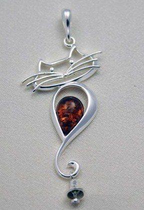 Wisiorek srebrny Kotek z bursztynem