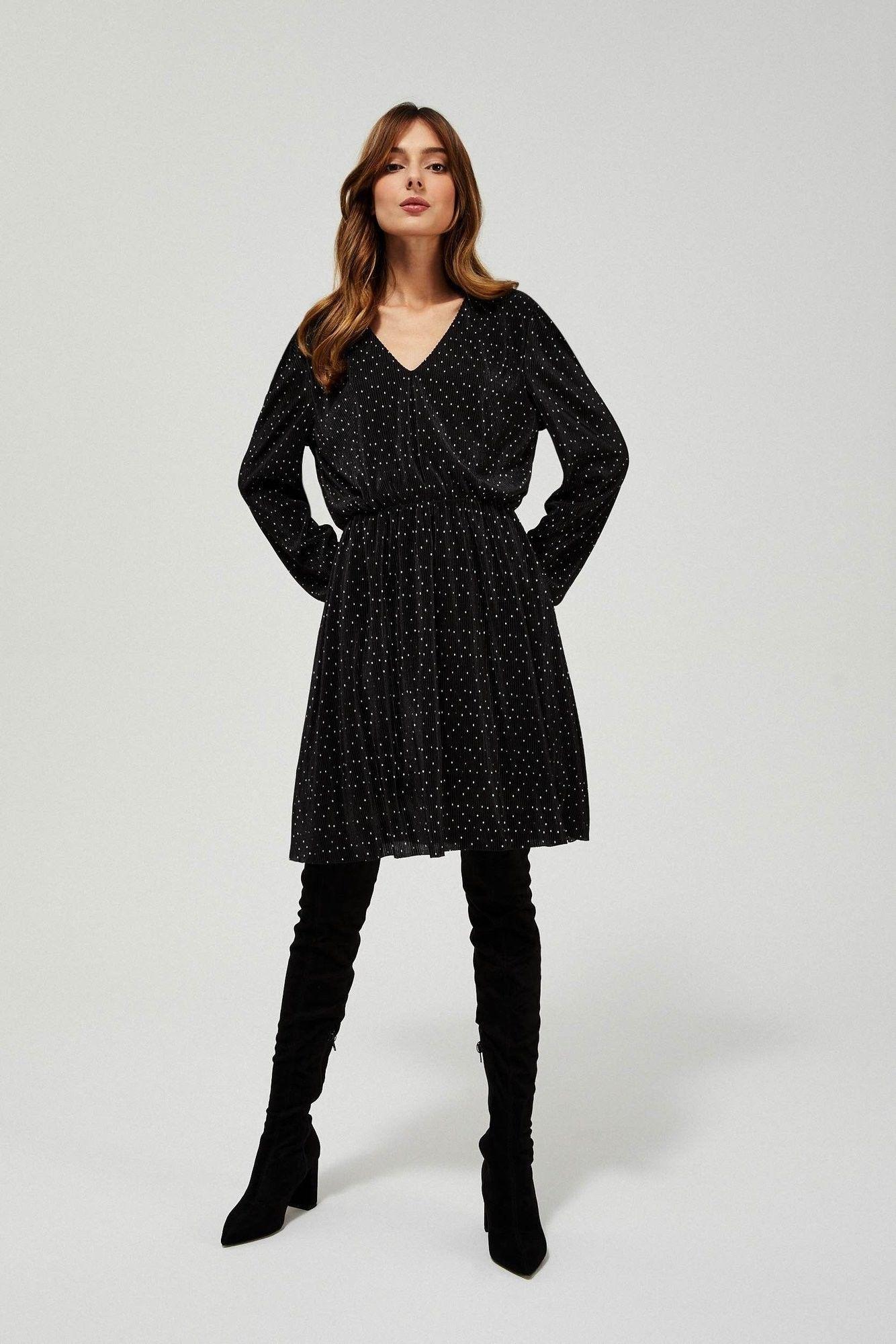 Prążkowana sukienka w groszki