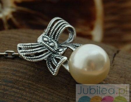 Kokarda - srebrny wisiorek z perłą