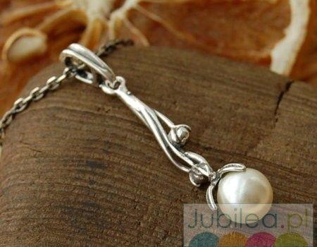 Roca - srebrny wisiorek z perłą