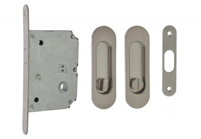 Zamek WC do drzwi przesuwnych z uchwytem owalnym 125x33 mm. satyna