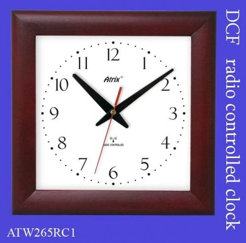 Zegar drewniany sterowany radiowo #2