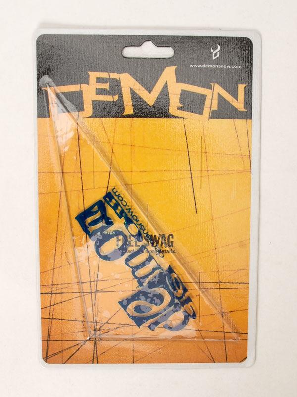 Demon Triangle grip snowboard
