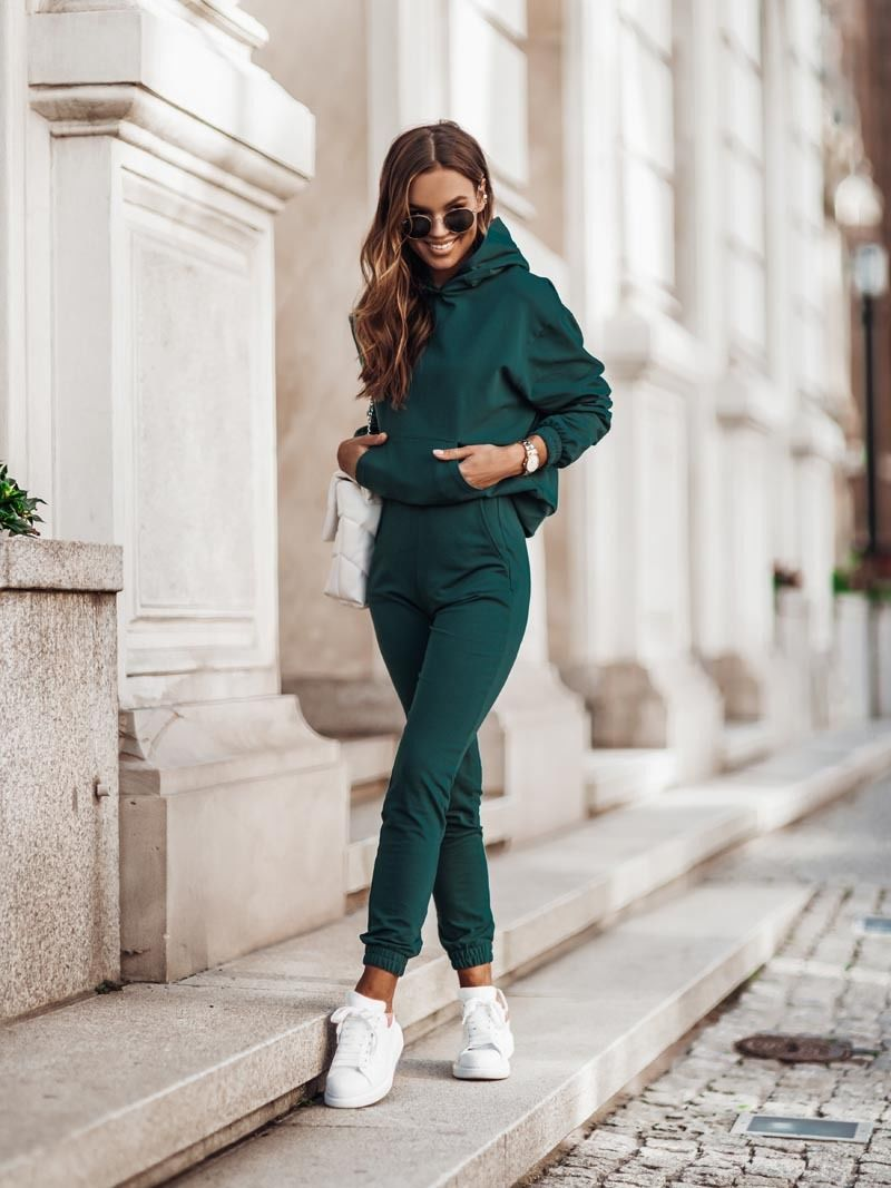Damski dres z kapturem - zielony