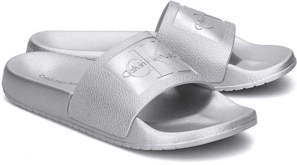 Calvin Klein Jeans Christie Metallic - Klapki Damskie - RE9854 SILVER - Srebrny