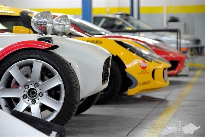 Ferrari vs Lotus vs Subaru vs GKD vs BMW