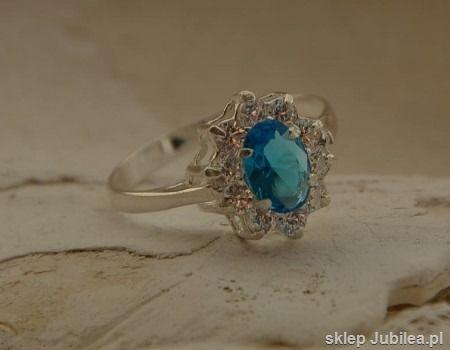 Andaman - srebrny pierścionek z akwamarynem cyrkon