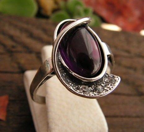 Penelopa - srebrny pierścionek z ametystem i kryształkami
