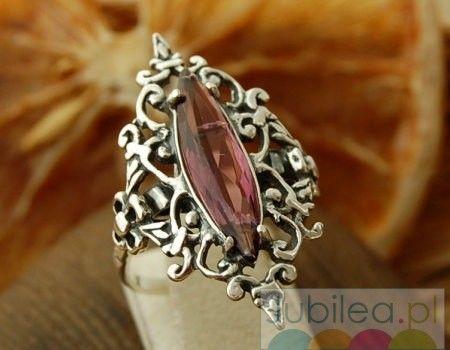 Liz - srebrny pierścień z ametystem