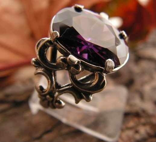 Violet - srebrny pierścionek z ametystem