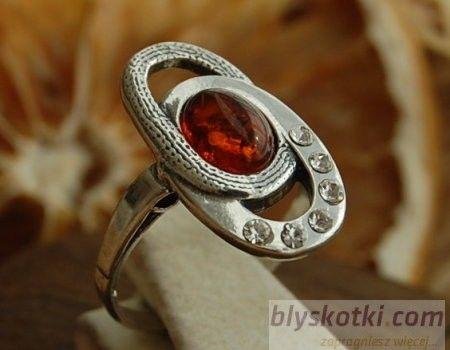 Junaya - srebrny pierścionek z bursztynem i kryształkami