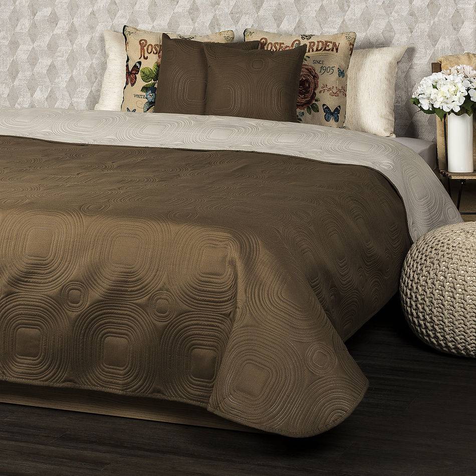 4Home Narzuta na łóżko Doubleface ciemnobrązowy/jasnobrązowy, 220 x 240 cm, 2x 40 x 40 cm