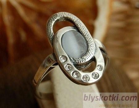 Vespa - srebrny pierścionek z kocim okiem i kryształkami