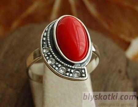 Mascolo - srebrny pierścionek z koralem i kryształami