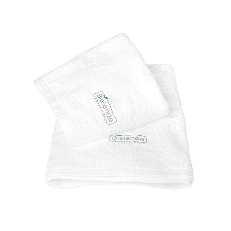 BIELENDA Ręcznik frotte z LOGO 70 x140 - biały