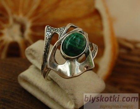 Elena - srebrny pierścionek z malachitem