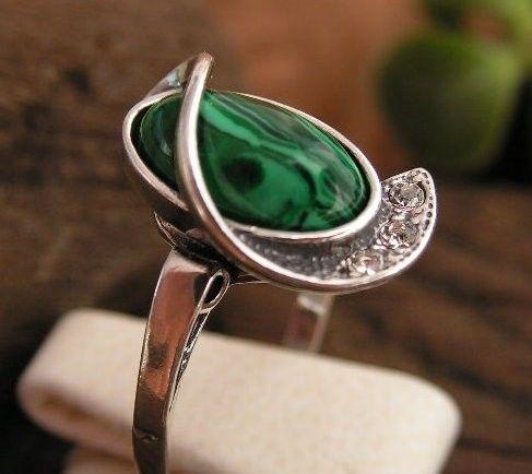 Vadio - srebrny pierścionek z malachitem i kryształkami