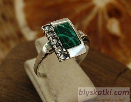 Degli - srebrny pierścionek malachit z kryształkami