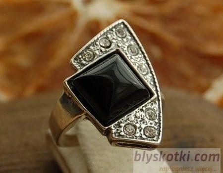 Enklawa - srebrny pierścionek z onyksem