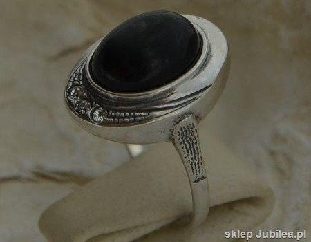 Duomo - srebrny pierścionek onyks z kryształami