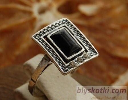 Nino - srebrny pierścionek z onyksem
