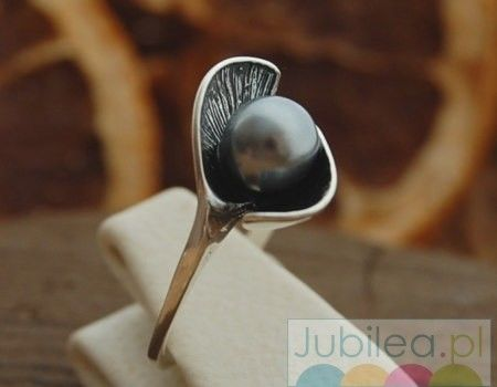 Festa 2 - srebrny pierścionek z perłą