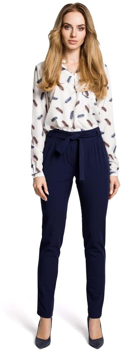 Granatowe eleganckie spodnie typu chino z wiązanym paskiem