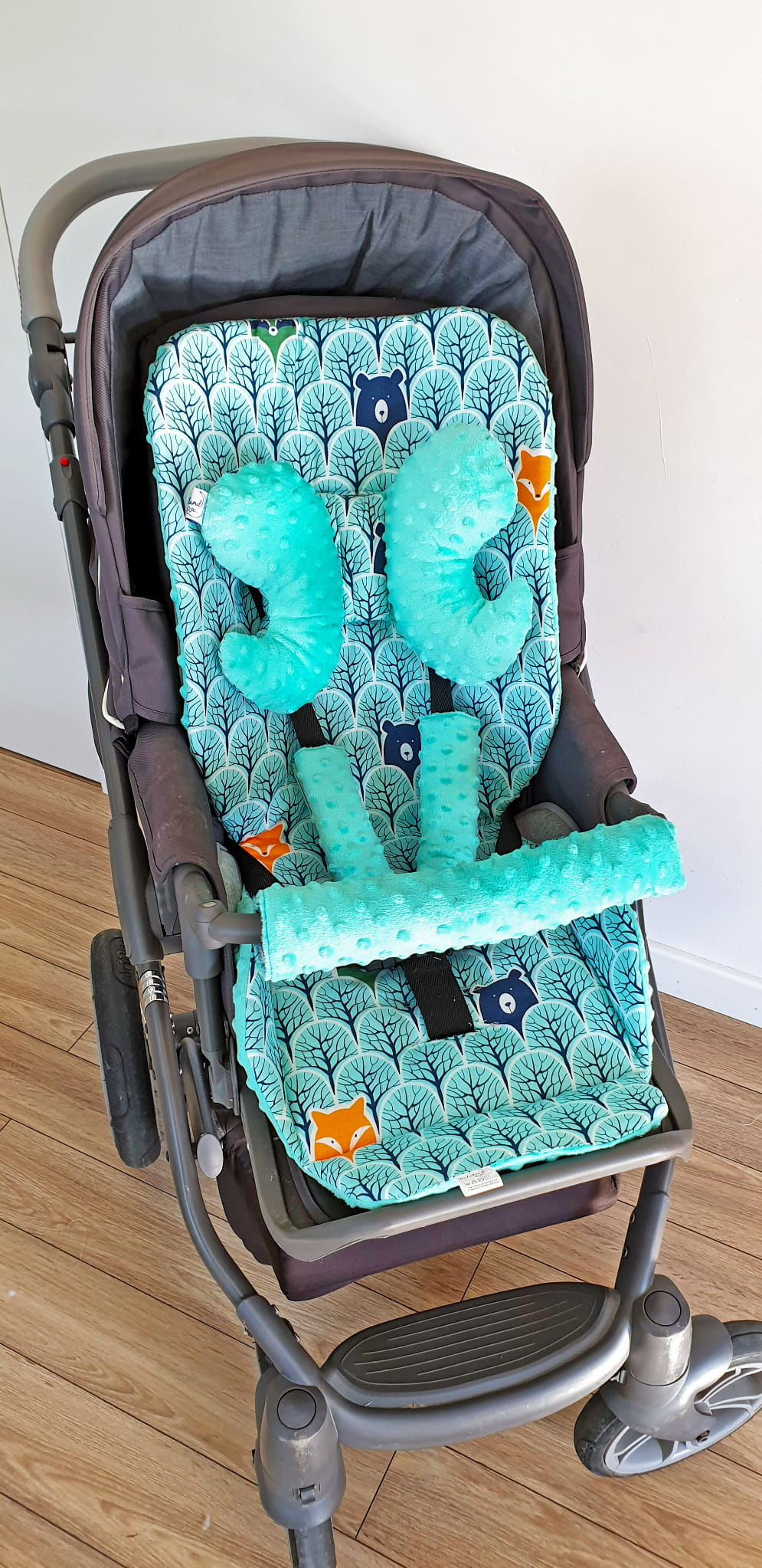 Wkładka do wózka, ochraniacze na pasy i pałąk + motylek las