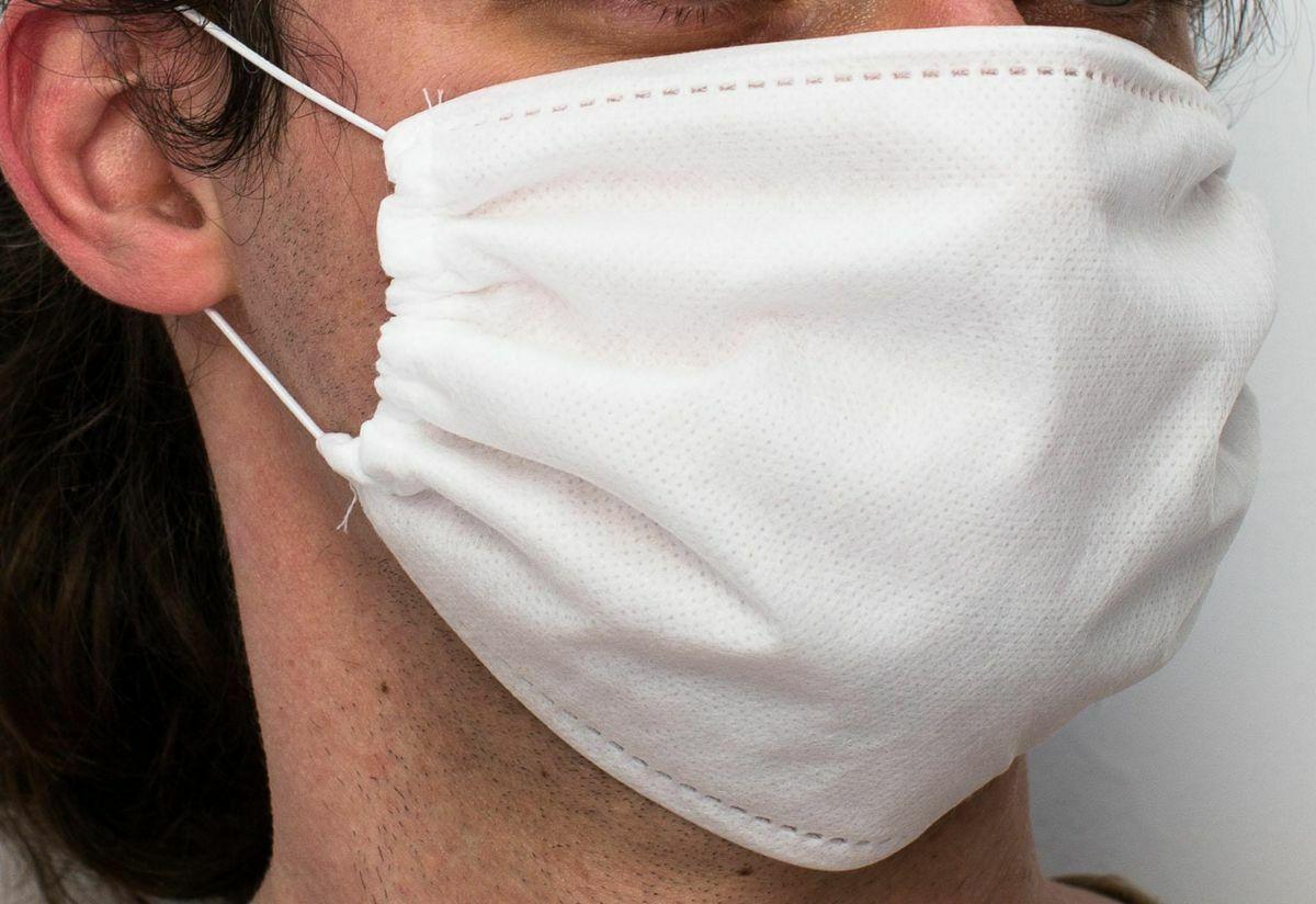 Maseczka maska ochronna na twarz poliestrowa komplet 10 szt. do wykonania samemu wielokrotnego użytku biała z czterech warstw na gumki