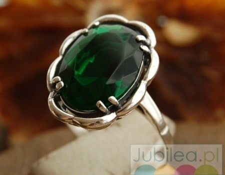 Bowi - srebrny pierścionek ze szmaragdem