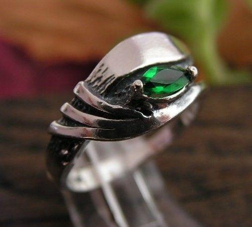 Callas - srebrny pierścionek ze szmaragdem