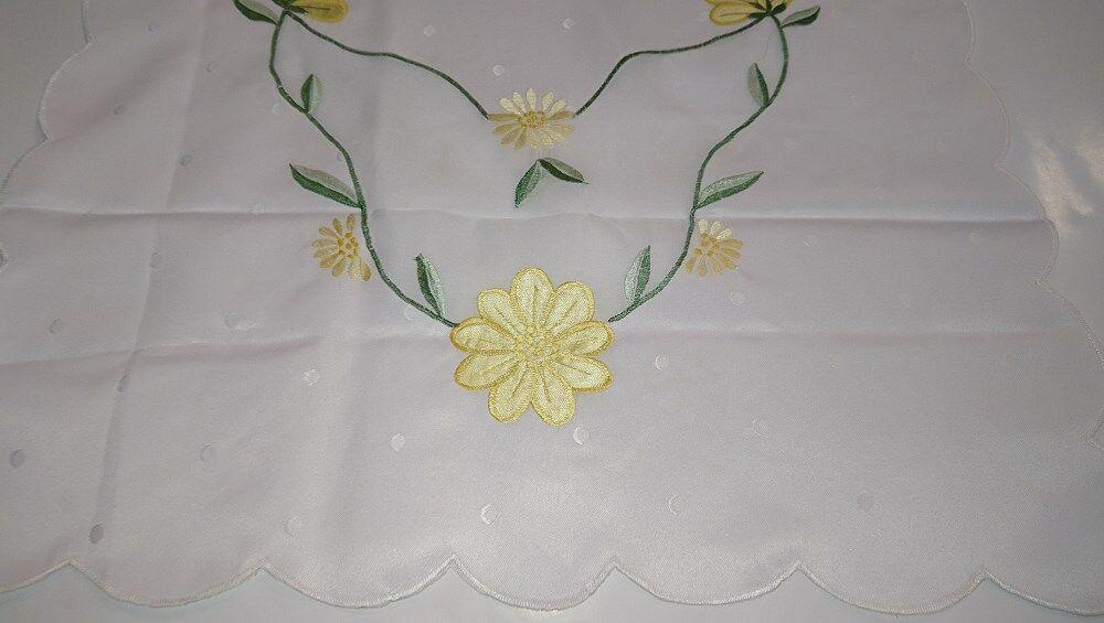Obrus haftowany OR 50x100 biały w kropki żółte kwiaty ES1180/1 niska cena