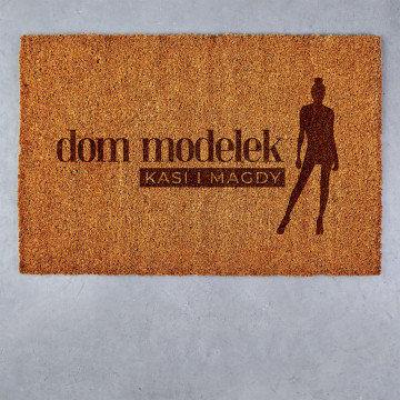 Dom modelek - Wycieraczka Kokosowa