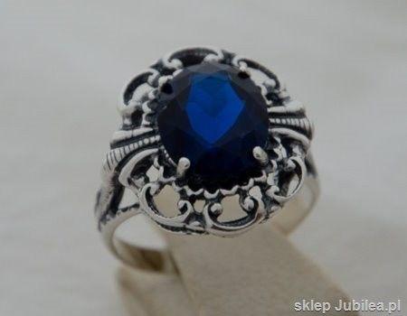 Duży srebrny pierścień z szafirem - karolina