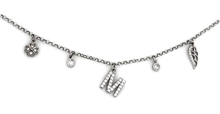 Naszyjnik srebrny 925 z literką M i zawieszkami skrzydło koniczynka