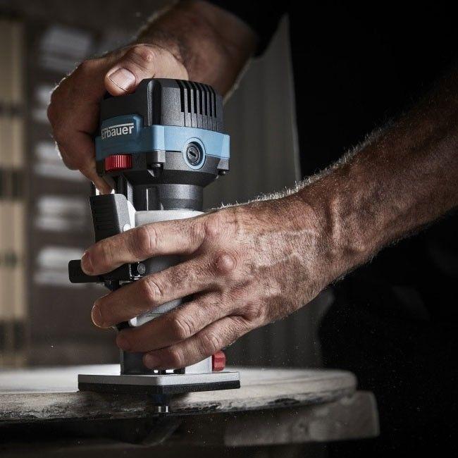 Frezarka ręczna Erbauer 710 W