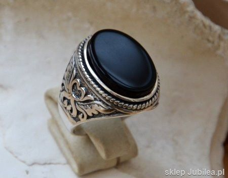 Naturalny onyks - srebrny sygnet pierścień magnat