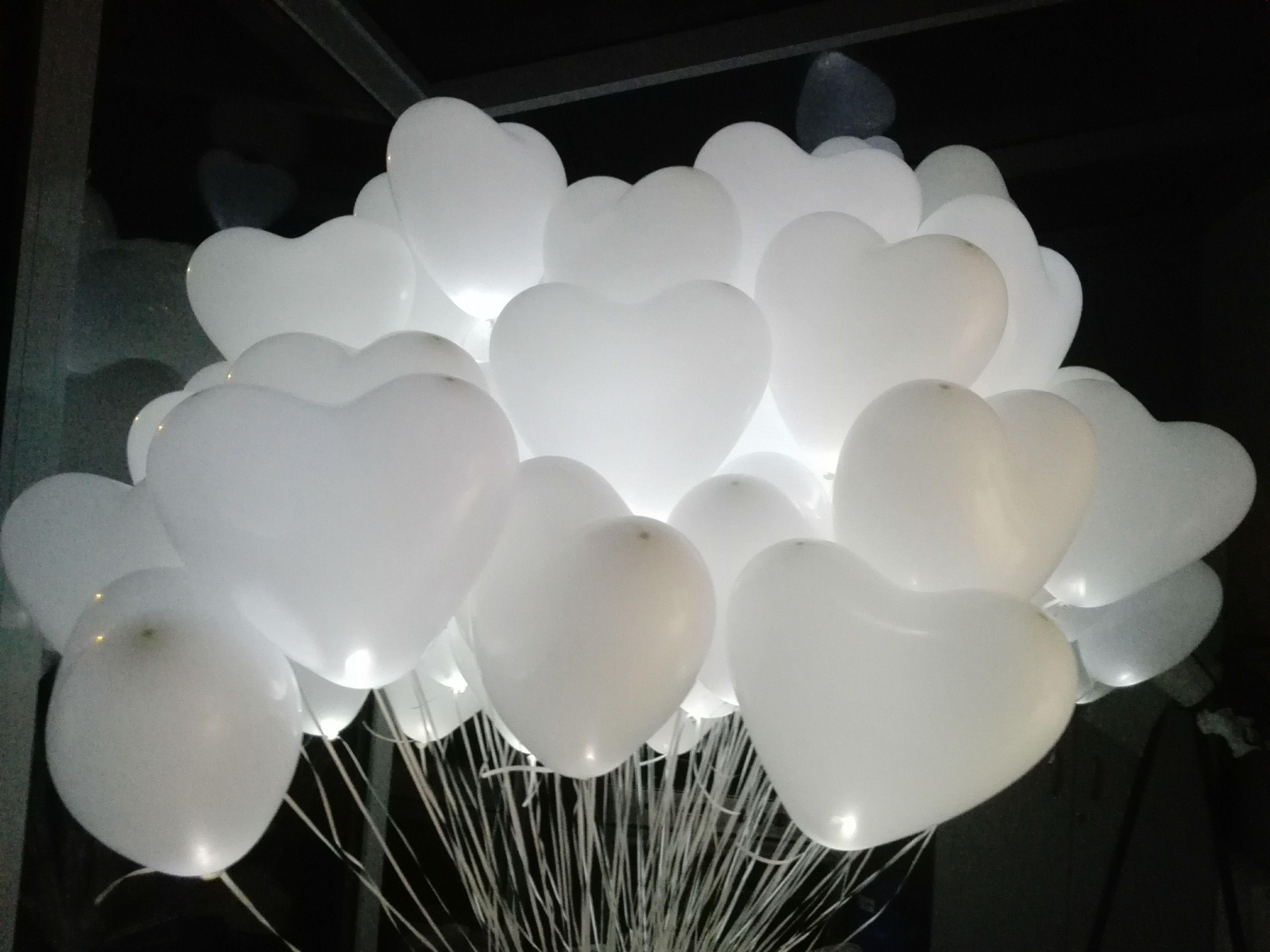 Balony świecące napełniane helem