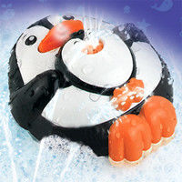 Dumel Discovery - Zwierzęta tryskajace wodą - Pingwin 4305