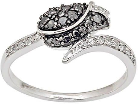 Złoty pierścionek w kształcie kwiata - Diament