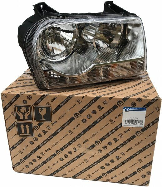 Reflektor prawy MOPAR Chrysler 300C -2007