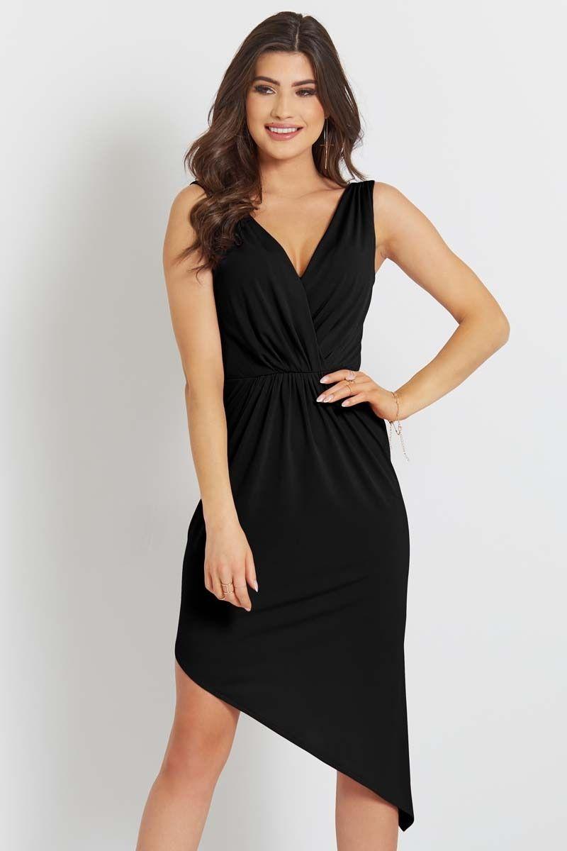 Czarna asymetryczna sukienka z dekoltem v na szerokich ramiączkach