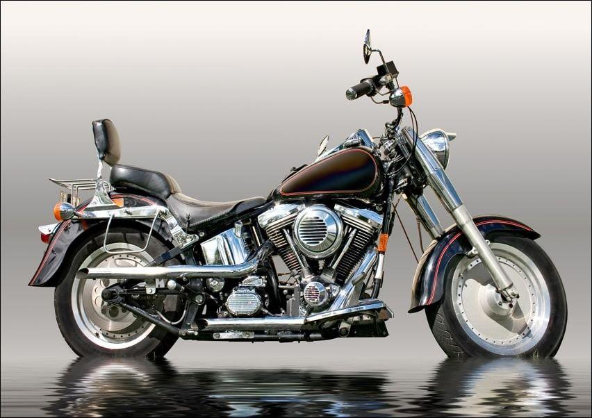 Czarny motocykl - plakat wymiar do wyboru: 91,5x61 cm